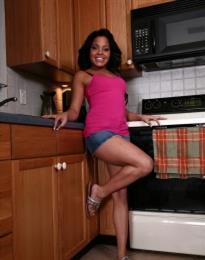 Ebony Ann Cristhin, horny girl in Italy - 6816 Escort.black