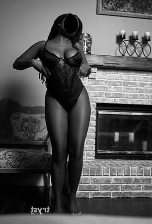 Ebony Escort Dearit, Switzerland - 12314 Escort.black
