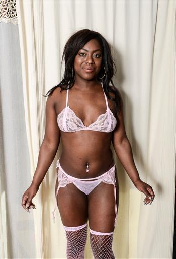 Ebony Eva Ulla, horny girl in Germany - 14424 Escort.black