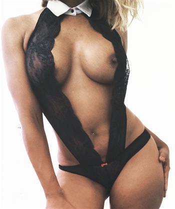 Ebony Escort Mirman, France - 9135 Escort.black