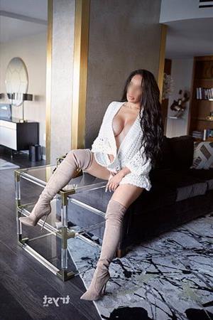 Ebony Mouhsin, horny girl in Luxembourg - 13210 Escort.black
