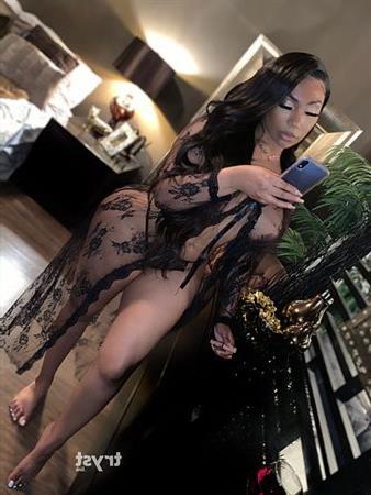 Ebony Nahraen, sex in Russia - 3139 Escort.black