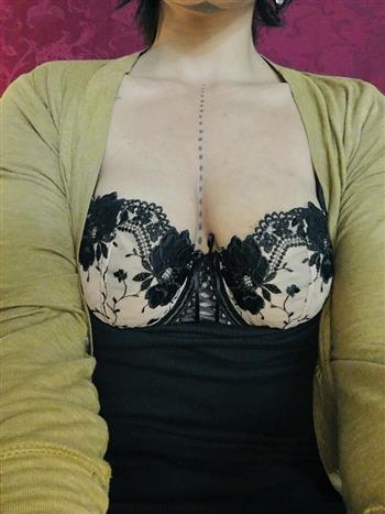 Ebony Selma Carin, sex in Italy - 502 Escort.black