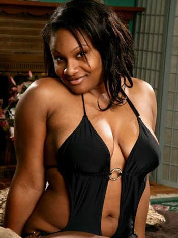 Ebony Someyo, escort in France - 306 Escort.black