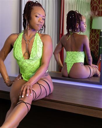 Ebony Uma Lee, sex in Canada - 16535 Escort.black