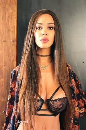 Ebony Yahana, escort in Germany - 10681 Escort.black