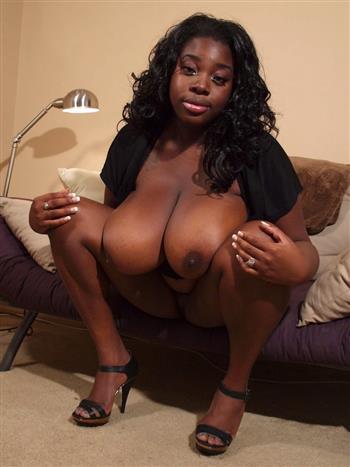 Ebony Yung Chen, sex in Luxembourg - 7618 Escort.black